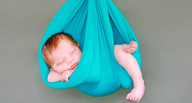 Картинки по запросу младенец на руках