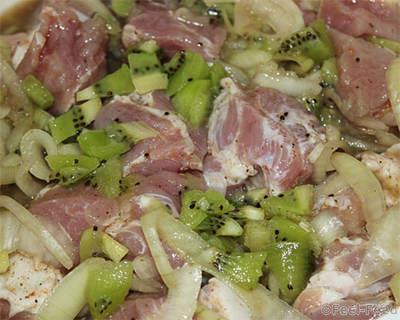 marinad-dlya-shashlyka-iz-kivi