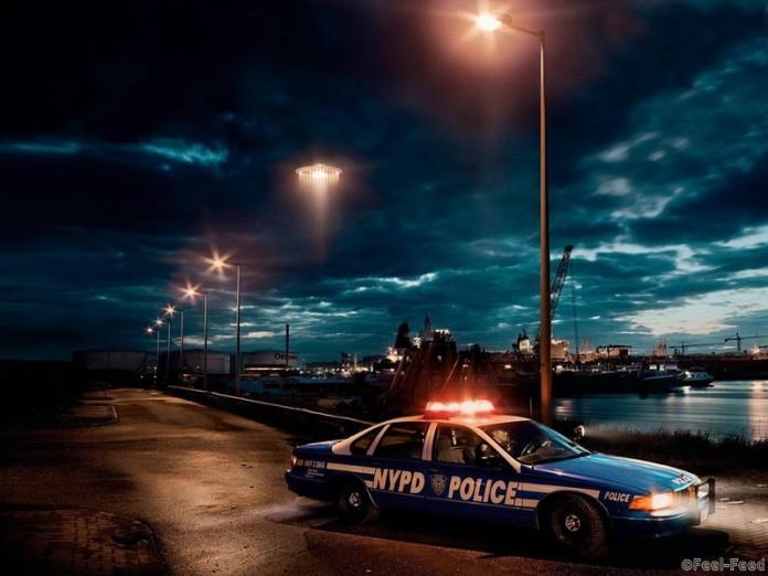 police-696x522