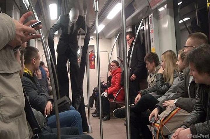 podsmatrival-v-metro