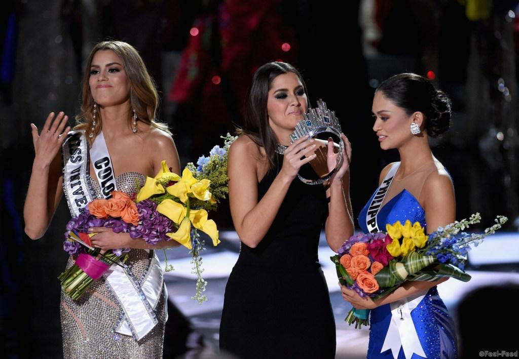 LAS VEGAS, NV - DECEMBER 20: (L-R) Miss Colombia 2015, Ariadna Gutierrez Arevalo, looks on as Miss Universe 2014 Paulina Vega crowns Miss Philippines 2015, Pia Alonzo Wurtzbach, the new Miss Universe during the 2015 Miss Universe Pageant at The Axis at Planet Hollywood Resort & Casino on December 20, 2015 in Las Vegas, Nevada. Gutierrez Arevalo was first crowned Miss Universe after host Steve Harvey mistakenly named her the winner instead of first runner-up. (Photo by Ethan Miller/Getty Images)
