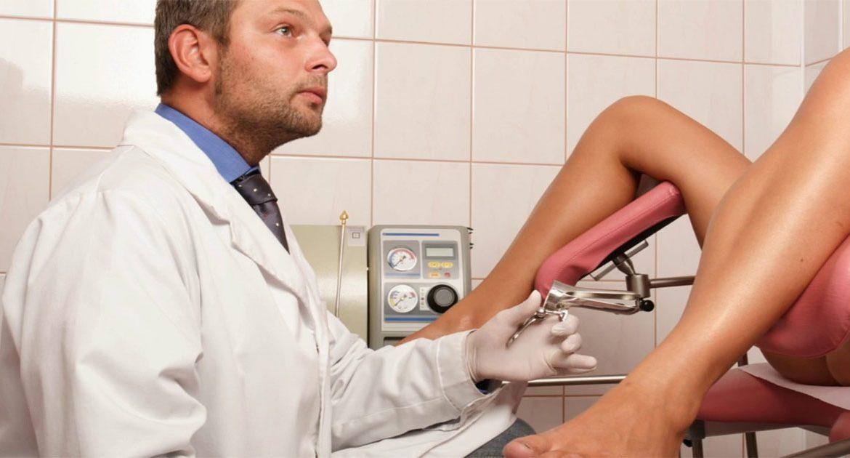 zhenshini-u-ginekologa-seks